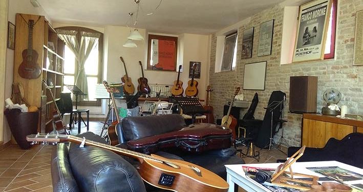 Main hall - Acoustic Guitar Workshops
